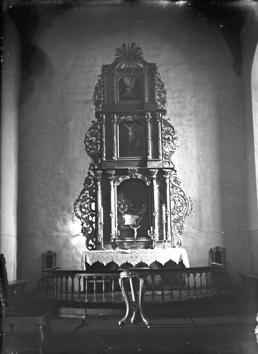 Interiør fra Eidsvoll kirke