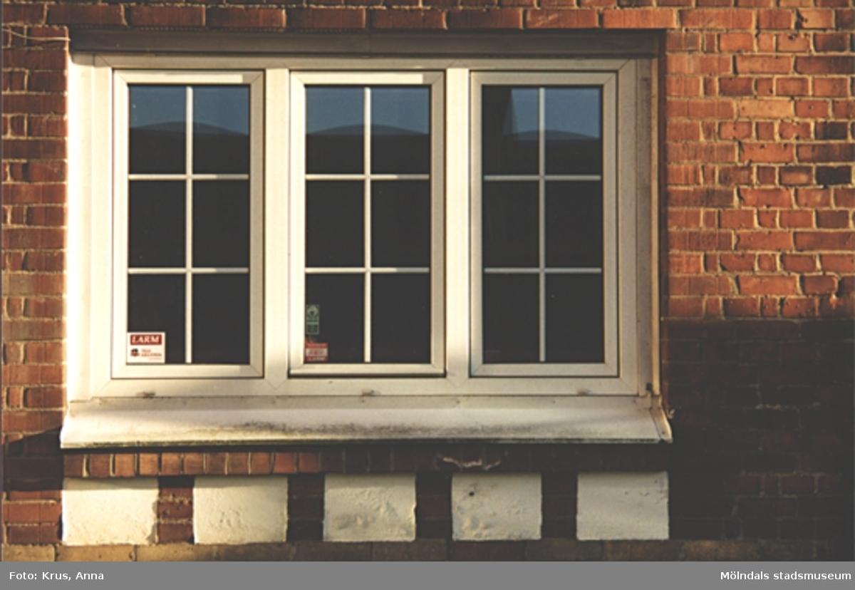 Kängurun 18. Krokslätts fabriker. Fönster till kontor och matsalar.