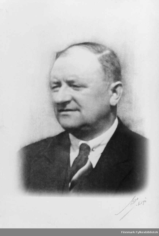 Portrett av ingeniør Harald Hofseth i rundt 1945.