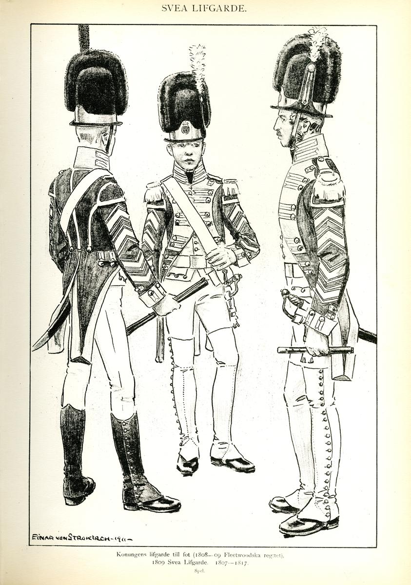 Plansch med uniform för spel vid Svea livgarde för åren 1807-1817, ritad av Einar von Strokirch. Ingår i planschsamlingen Svenska arméns munderingar 1680-1905.