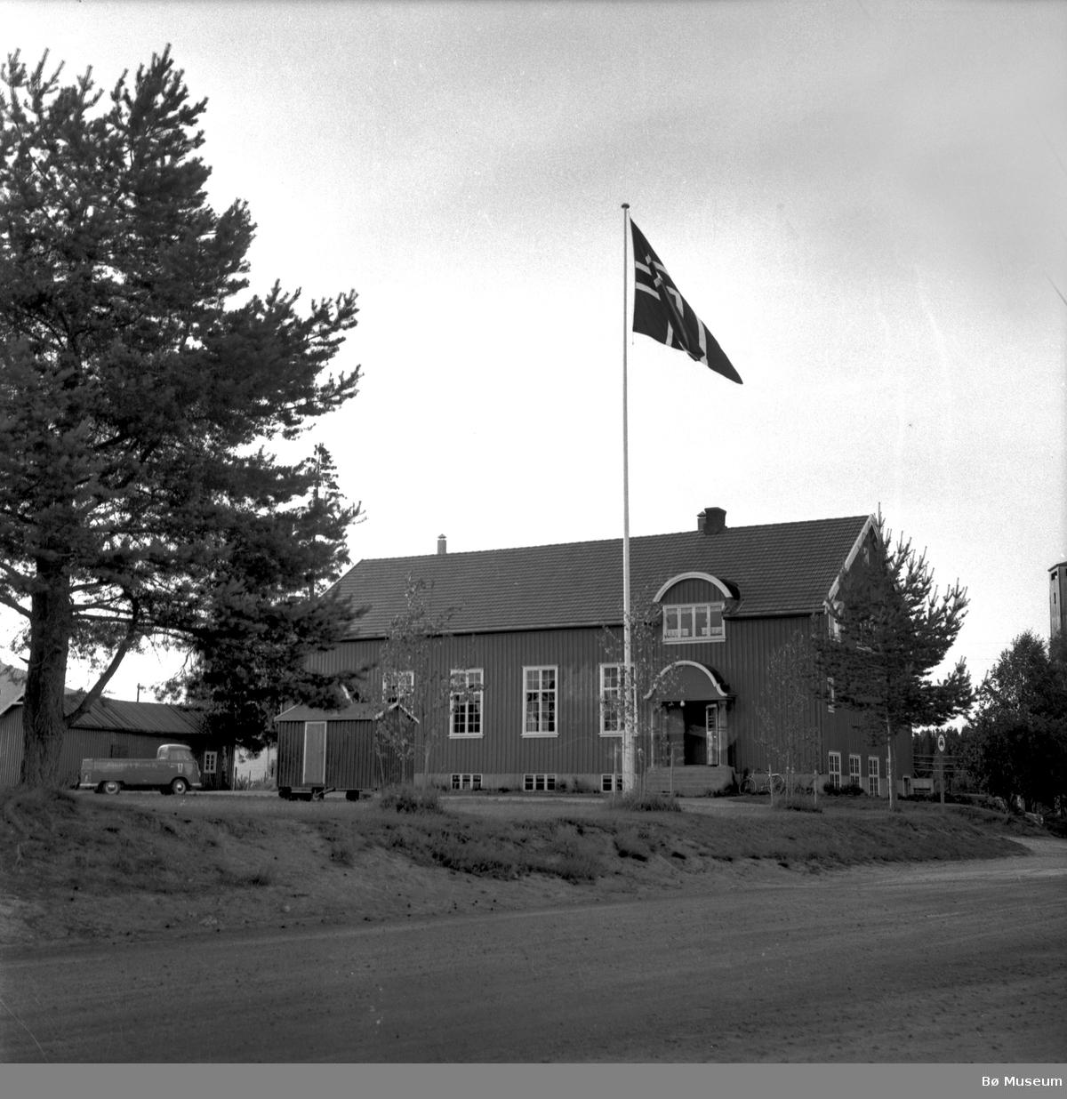 Bø Ungdomslags hus Sandvin i 1958 (foto: Varden)