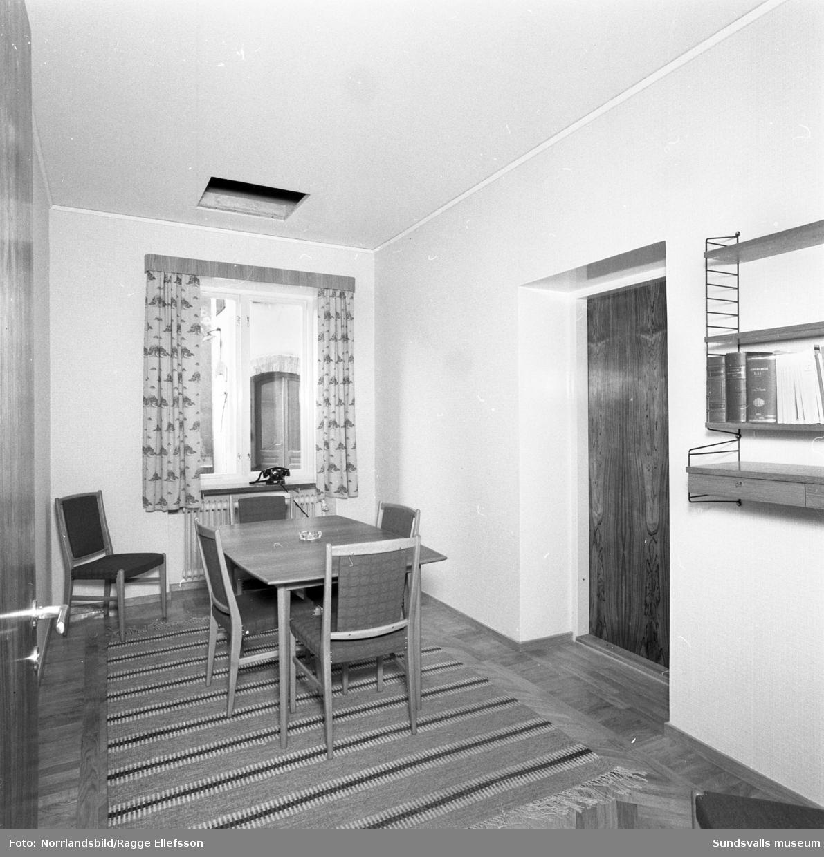 Sundsvalls Sparbank i nyrenoverade lokaler och med ny entré i hörnet av Esplanaden-Rådhusgatan.