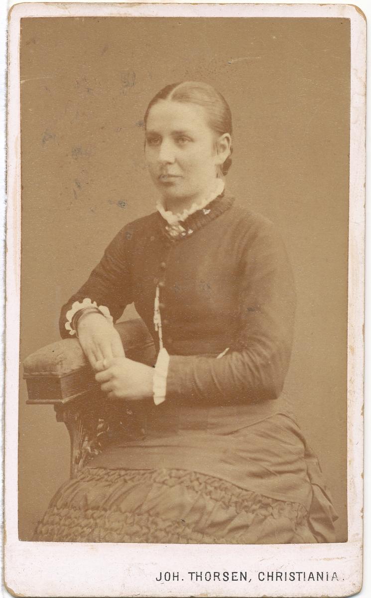 Ukjent kvinne, portrett