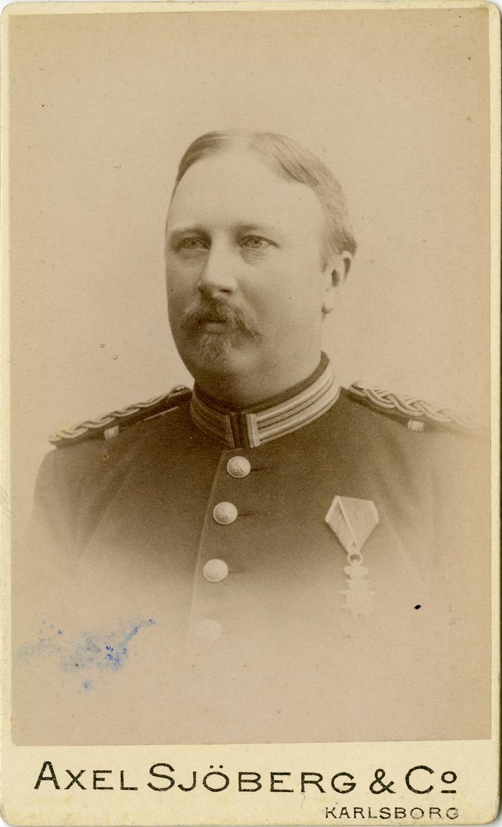 Porträtt av okänd officer vid Hallands bataljon I 28.