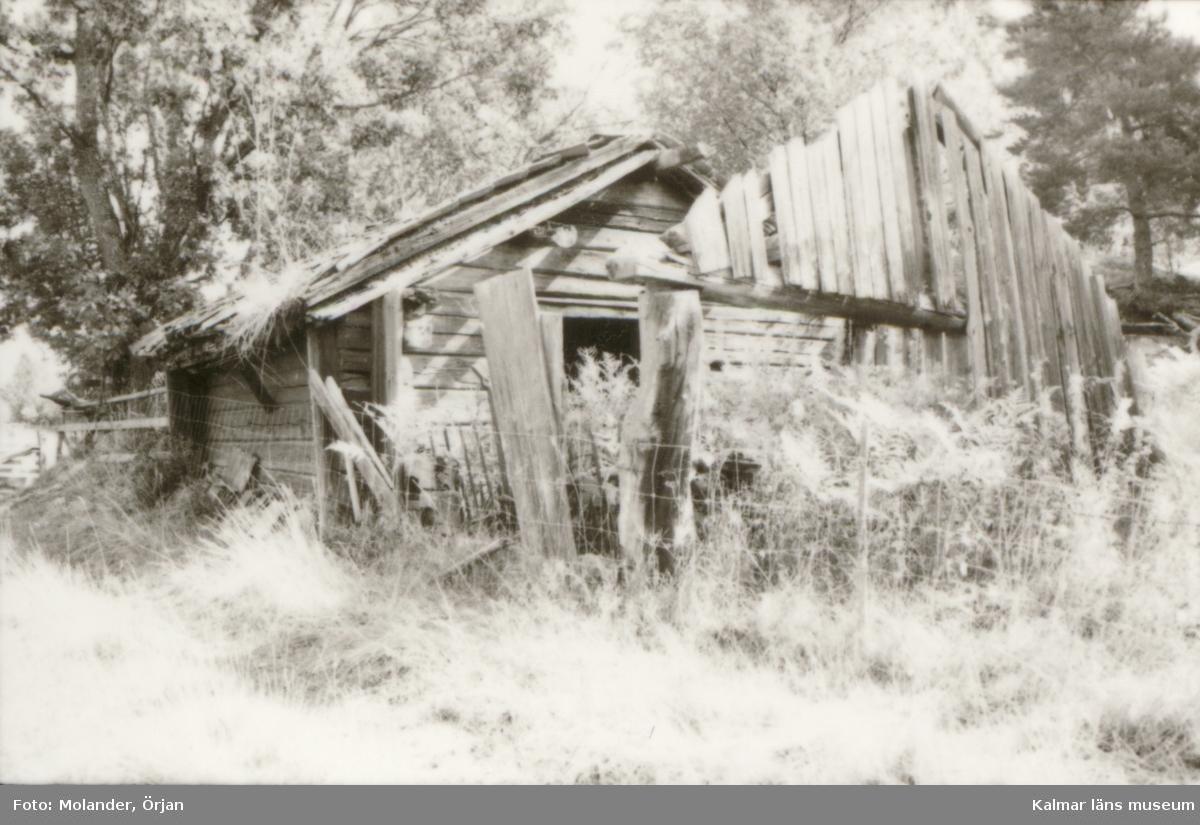 Byggnad med korsknut på Udden, Blackstad socken.