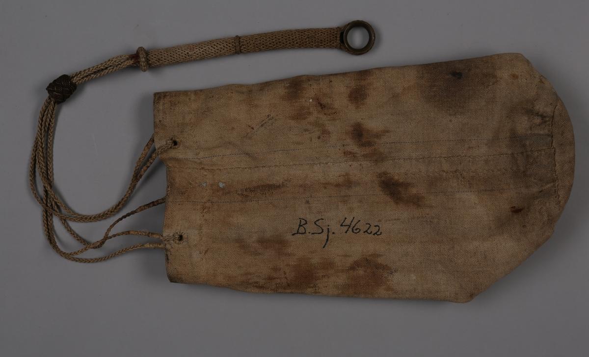 Seilmakerpose i lerret med tauknyttet tropp med fem hull til tau til verktøy. Posen har en innerlomme.