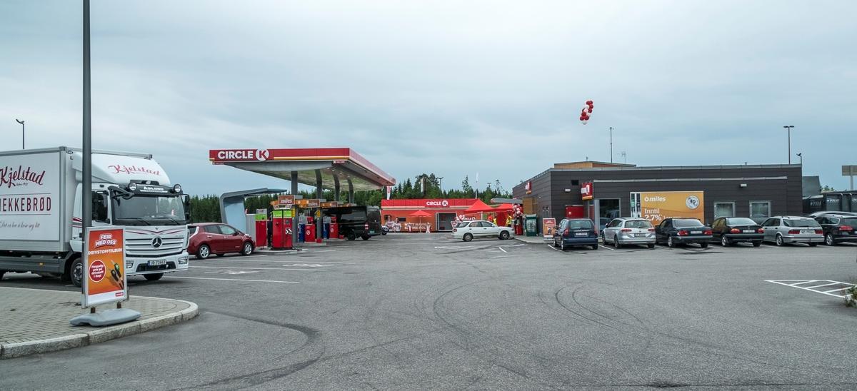 Circle K feiringsveien Minnesund Eidsvoll. Åpning av Circle K stasjonen som i 2016 erstattet den daværende Statoilstasjonen.