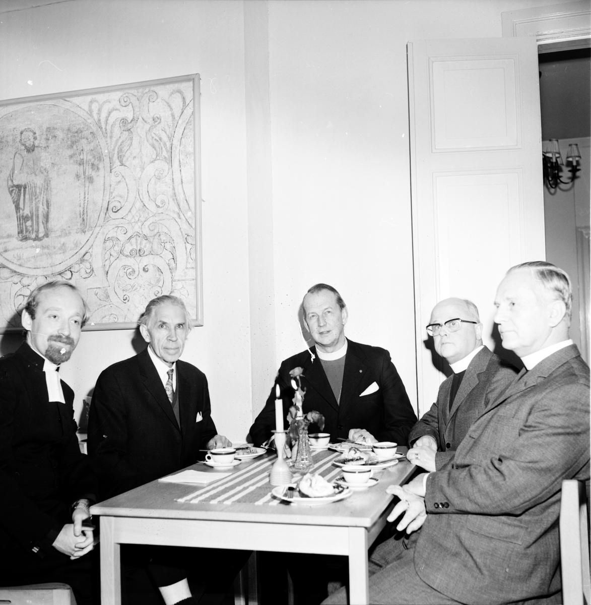 Stiftsgården, Ärkebiskop Sundby, November 1972