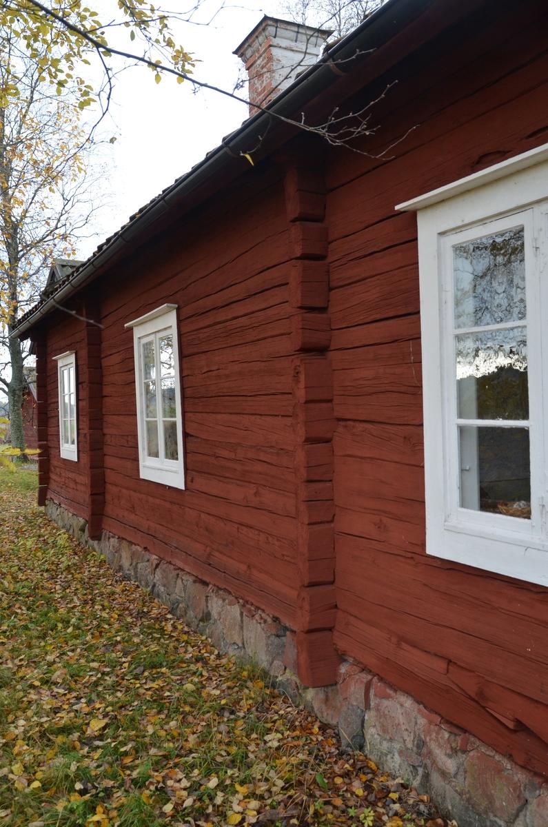 Håcksbytorpsstugan vid Huddunge hembygdsgård, Prästgården 1:1, Huddunge socken, Uppland 2014