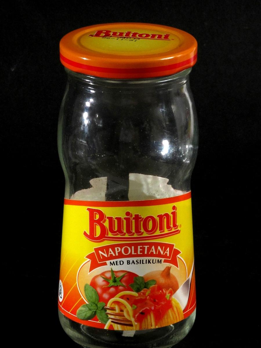 pasta med tomater og løk