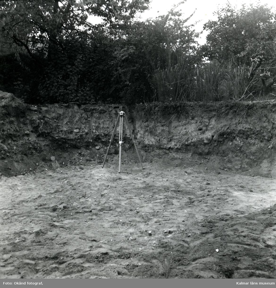 Bilder från en arkeologisk undersökning.