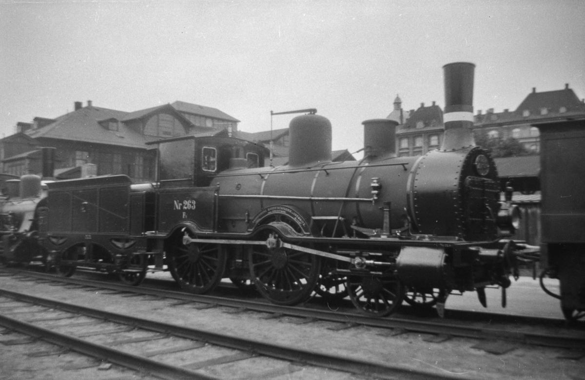 Dansk damplokomotiv type Fs nr. 263 ved København Østerport.