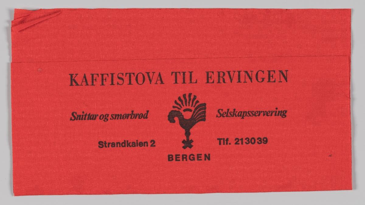 En hane og en reklametekst for Kaffistova til Ervingen.  Bergen Ungdomslag drev i perioden 1927-2009. L/L Kaffistova til Ervingen i Torgegaarden, Strandkaien 2B i Bergen.  Samme reklametekst på MIA.00007-004-0156.