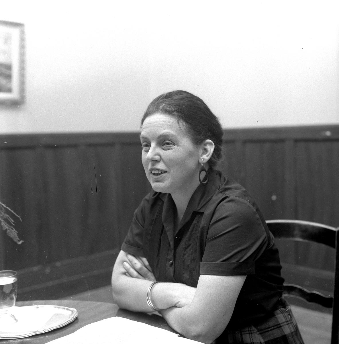 Viveka Heyman. 25 november 1958.