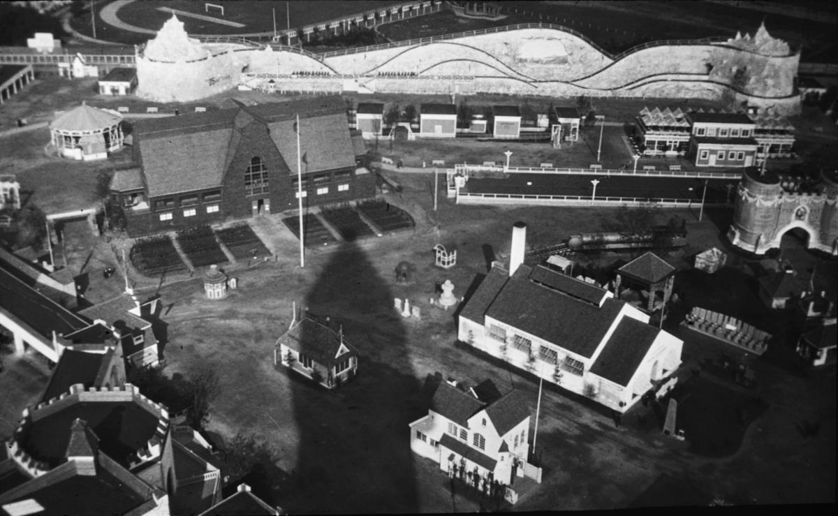 Industri-, konst och hantverksutställning i Malmö 1914. Utställningsarkitekt var Ferdinand Boberg.