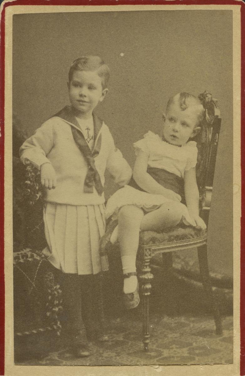 Prinsarna Gustaf Adolf och Wilhelm.