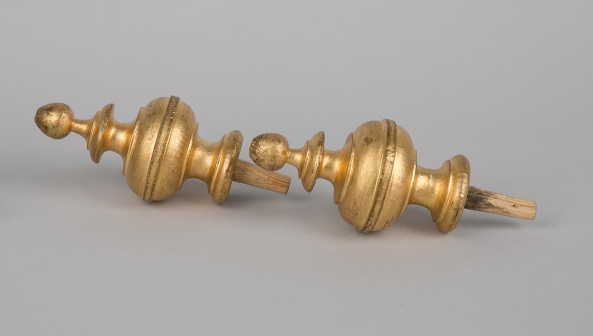 Gullforgyldt kule som skrues på fanestang.