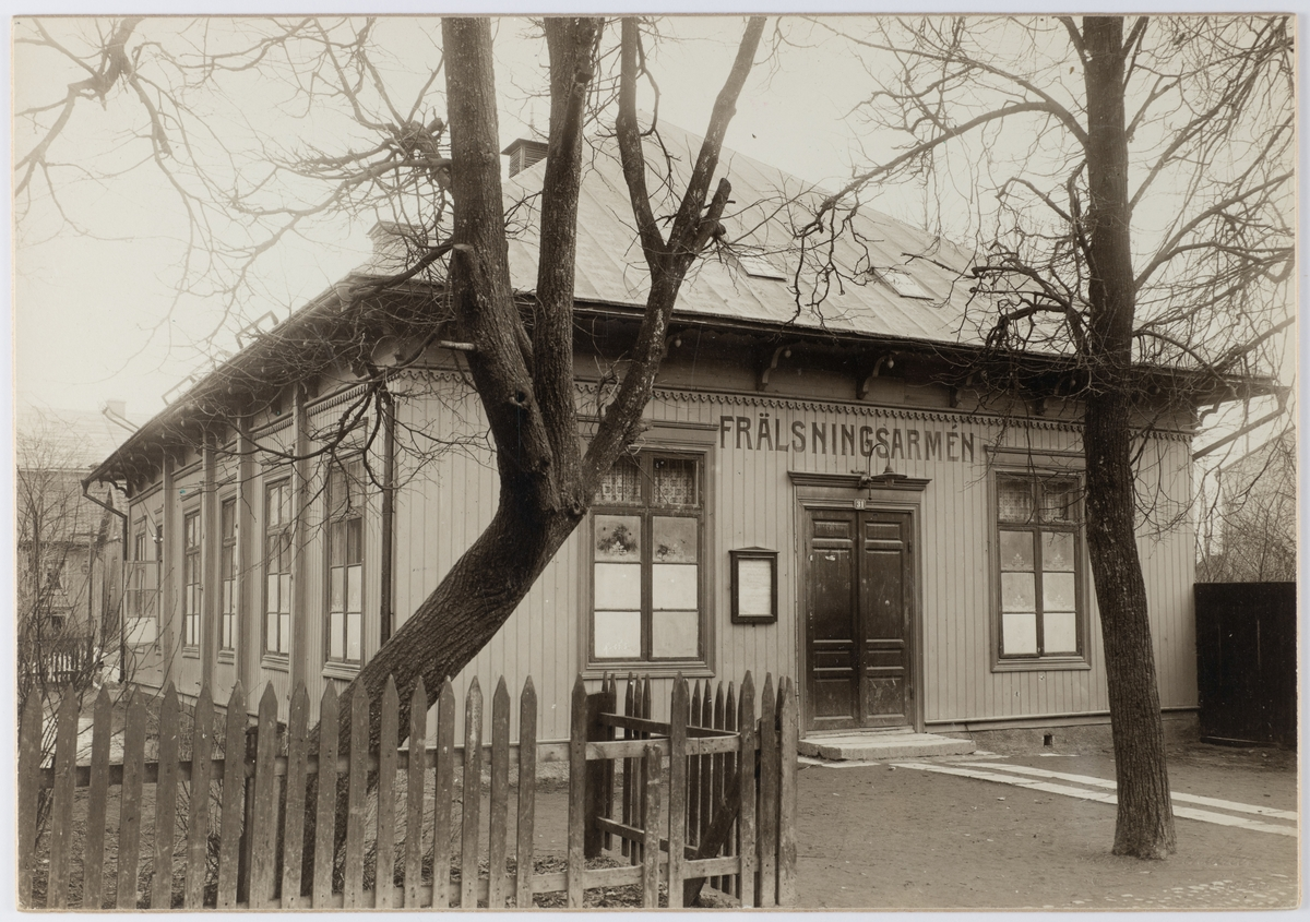 Frälsningsarméns gamla lokal, Köpmangatan 31i Örebro år 1910.