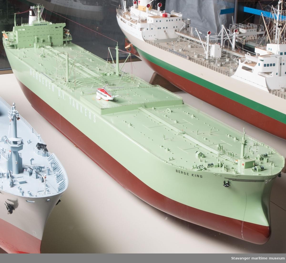 Skipsmodell av M/T Berge King.