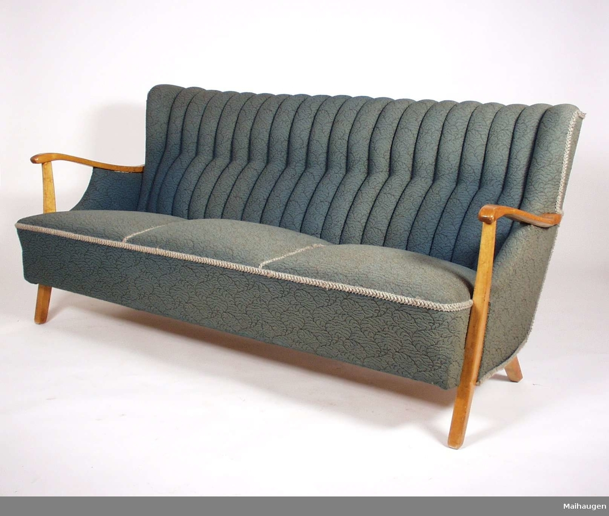 Sofa - Maihaugen / DigitaltMuseum
