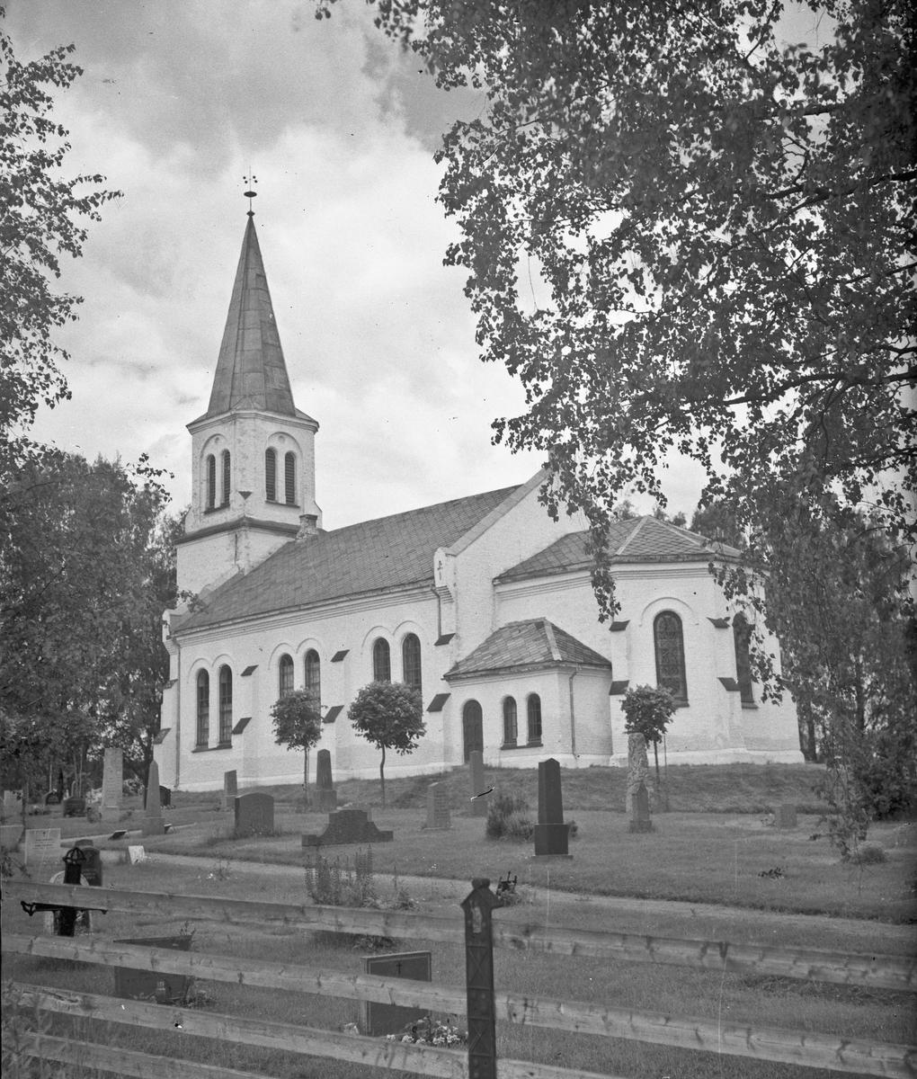 Råholt Kirke.