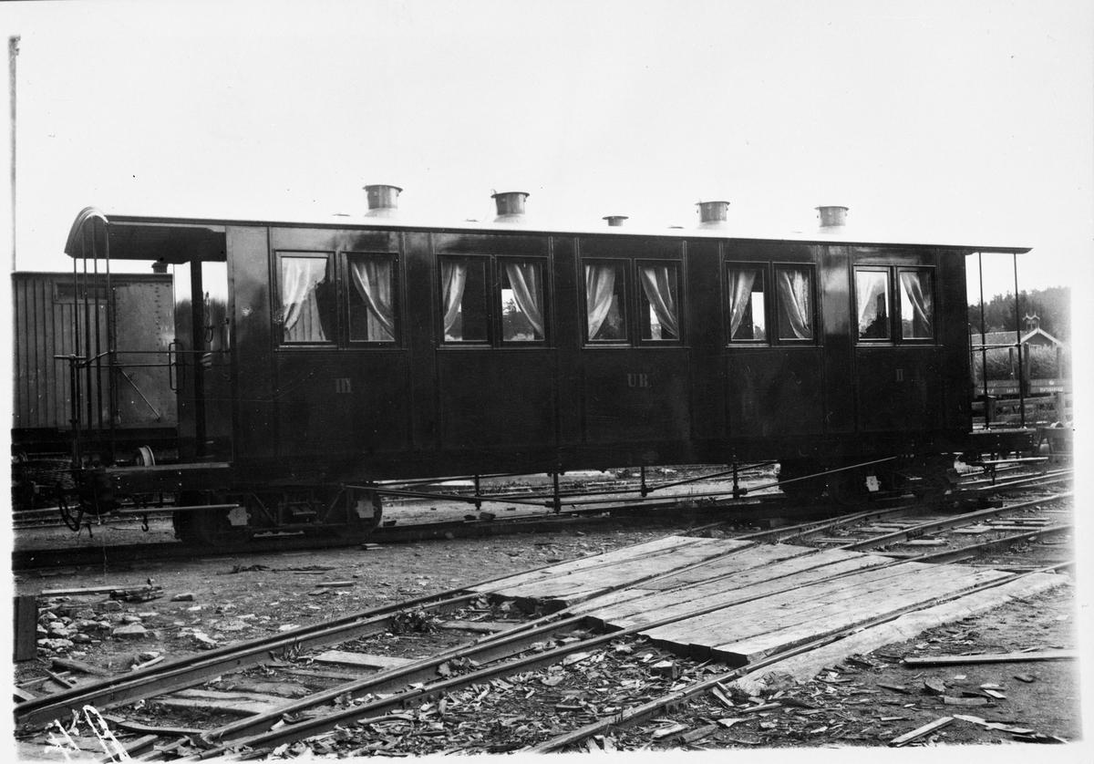 Leveransefoto av Urskogbanens vogn BCo1.