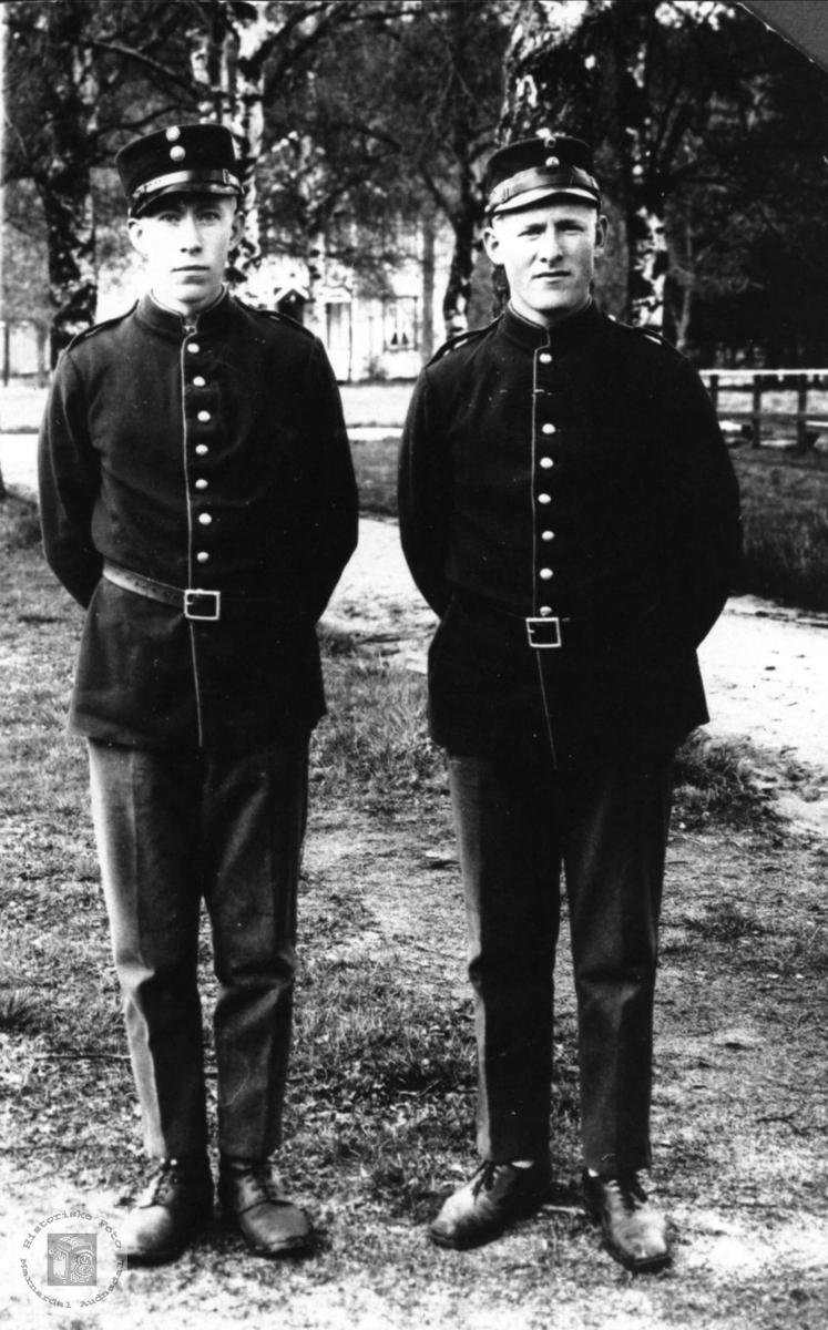 Uniform, Sigurd Sløgedal og Gunvald Gangså, Øyslebø.