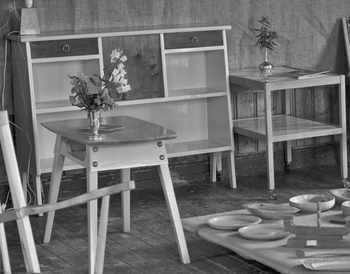 Dørum Framhaldsskole 1956. Elevarbeider.
