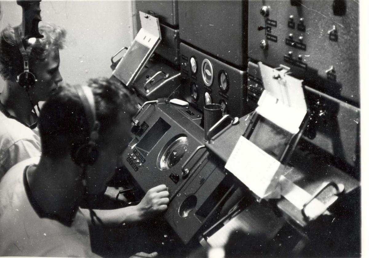 Enkeltbilde.C-kl jager, KNM Bergens tokt til Key West i 1962. operatører ved Ternesonaren.